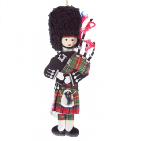 Scottish piper Christmas tree decoration. Exclusive to The Scottish Shop. Beautifully made piper to hang on the tree at Xmas time.